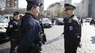 Le préfet de police de Paris sur un point de contrôle routier dans la capitale, le 18 mars 2020. (THOMAS SAMSON / AFP)