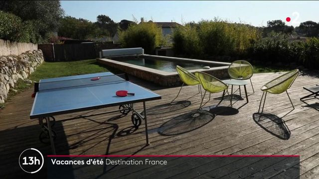 Vacances d'été : l'Hexagone, à nouveau la destination privilégiée des Français pour 2021 ?