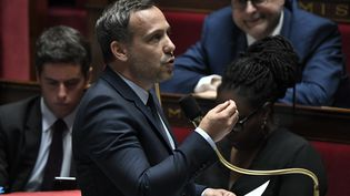 Adrien Taquet est reconduit comme secrétaire d'Etat chargé de l'Enfance et des Familles. (STEPHANE DE SAKUTIN / AFP)