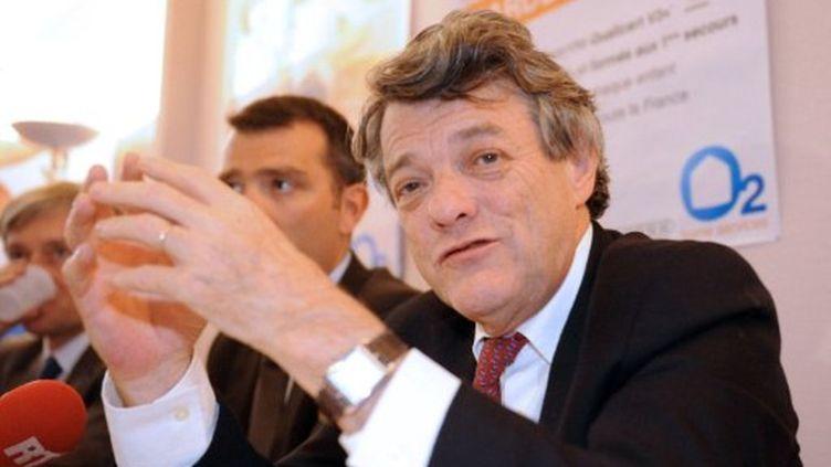 Le président du Parti radical, Jean-Louis Borloo, lors d'un déplacement à Valenciennes, le 31 mai 2011. (François Lo Presti)