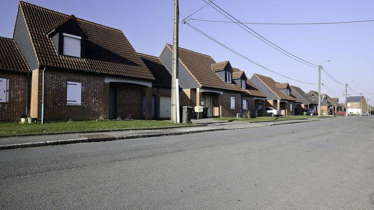 Le quartier du violeur présumé à Pont-sur-Sambre (Nord), le 23 février 2018. (MAXPPP)