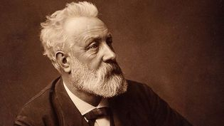 Jules Verne en 1892  (DR)