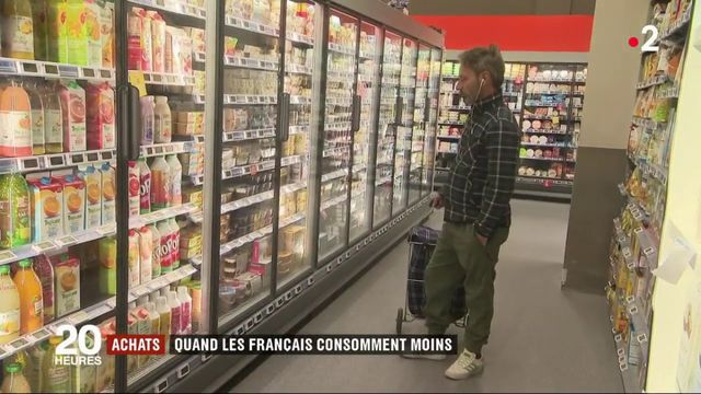 Achats : quand les Français consomment moins