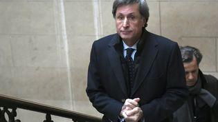 L'ancien président de France Télévisions Patrick de Carolis lors de son arrivée au tribunal de Paris, le 14 novembre 2016. (LIONEL BONAVENTURE / AFP)