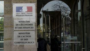 Une entrée du ministère de l'Economie et des Finances à Paris, le 22 septembre 2014 à Paris. (GREG LOOPING / HANS LUCAS / AFP)
