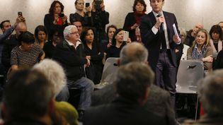 Emmanuel Macron, le 24 janvier 2019 lors d'un débat citoyen organisé à Bourg-de-Péage (Drôme). (EMMANUEL FOUDROT / AFP)