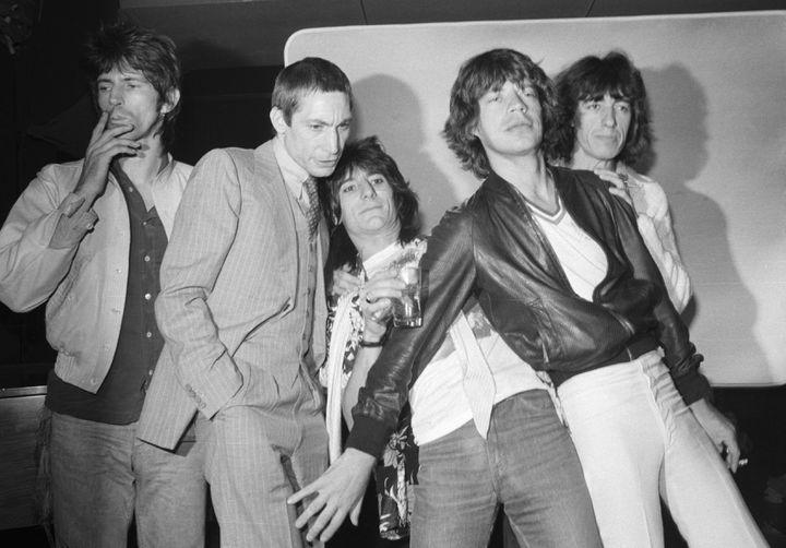 Les membres du groupe de rock The Rolling Stones ( de gauche à droite) en 1977 : Keith Richards, Charlie Watts, Ron Wood, Mick Jagger et Bill Wyman (BETTMANN / BETTMANN)