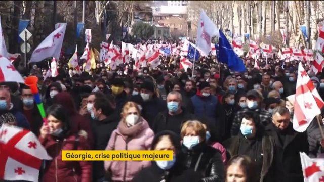 Géorgie : des manifestants demandent la liberté du chef de l'opposition
