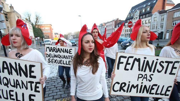 (Du soutien pour les trois Femen appelées à comparaître à Lille ce mercredi © MaxPPP)