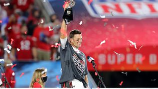 Tom Brady remporte le septième Super Bowl de sa carrière  (CLIFF WELCH / ICON SPORTSWIRE)