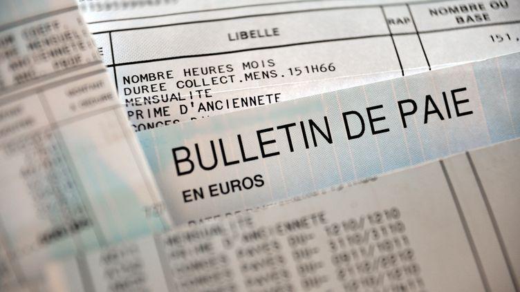 Fiche de paie d'un salarié français. (PHILIPPE HUGUEN / AFP)