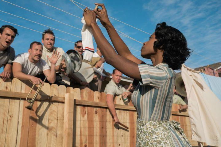 """Karimah Westbrook dans """"Bienvenue à Suburbicon"""" de George Clooney  (2017 Concorde Filmverleih GmbH / Hilary Bronwyn Gayle )"""