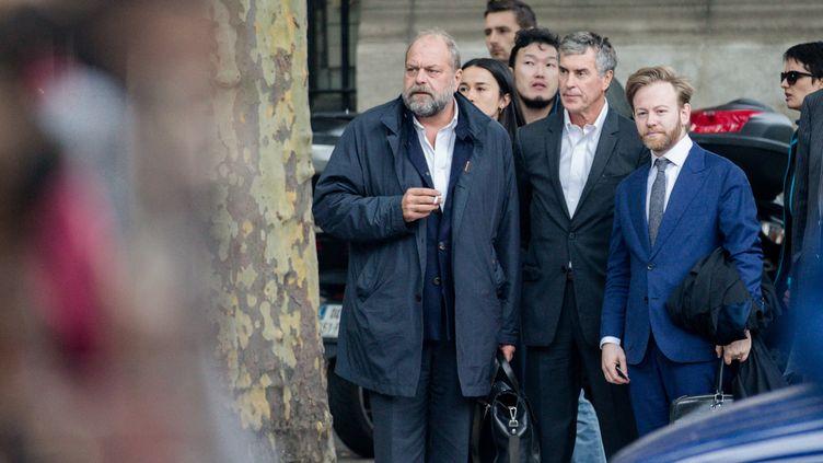 Eric Dupont-Moretti, à gauche, aux côtés de son client Jérôme Cahuzac, mardi 15 mai. (MAXPPP)