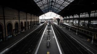 La gare de Lyon-Perrache vide, le 3 avril 2018. (JEFF PACHOUD / AFP)