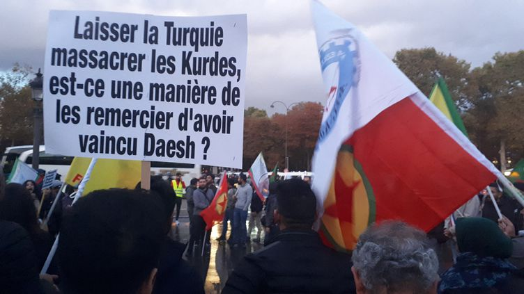 La manifestation des Kurdes de France le 9 octobre 2019 à Paris. (JOLY GAELE / FRANCE-INFO)