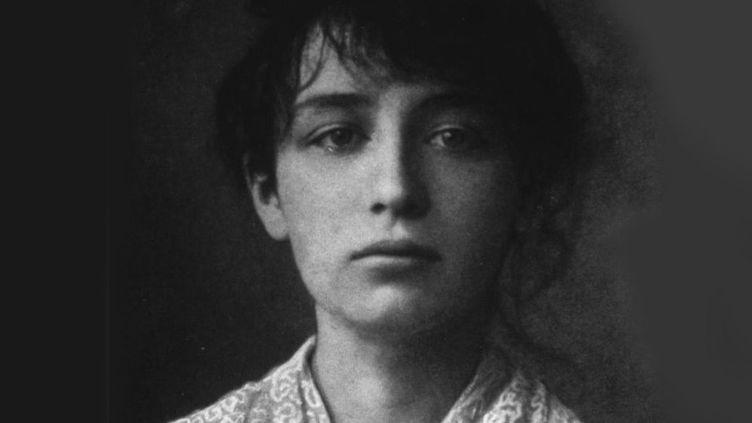 La sculptrice Camille Claudel à 20 ans, vers 1884 : son atelier est recensé dans la carte interactive  (Auteur inconnu)