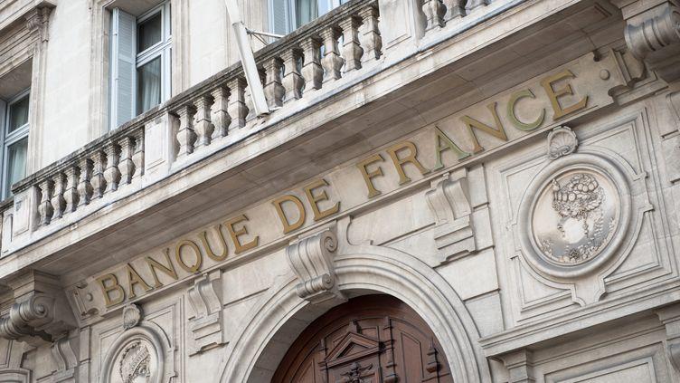 Lesiège de la Banque de France à Marseille. (CLEMENT MAHOUDEAU / MAXPPP)