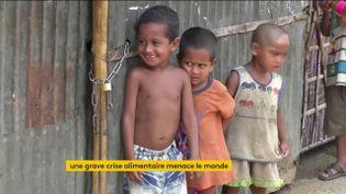 Des enfants malnutris au Bangladesh (FRANCEINFO)