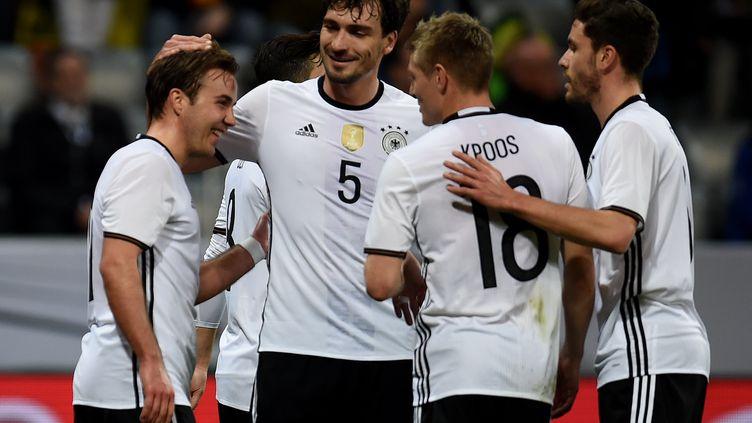 Les joueurs allemands visent un 4e titre à l'Euro (PATRIK STOLLARZ / AFP)