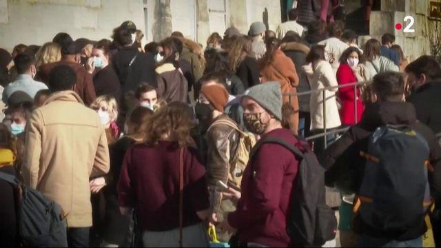 Confinement : comment les Franciliens accueillent-ils les nouvelles mesures de restriction ?