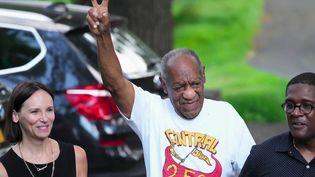 L'acteur Bill Cosby est sorti de prison, mercredi 30 juin. Sa condamnation pour agression sexuelle a été annulée pour un vice de procédure. (CAPTURE ECRAN FRANCE 2)