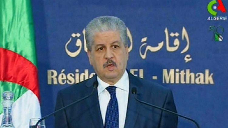 Le Premier ministre algérien,Abdelmalek Sellal, lors de la conférence de presse à Alger, lundi 21 janvier. (CANAL ALGERIE / AFP)