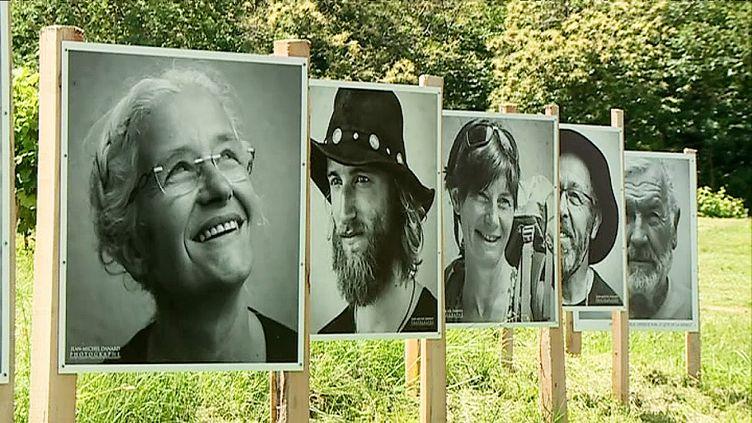 """""""Portraits de pèlerins"""", une exposition des photos de Jean-Michel Danard àSainte-Christie d'Armagnac dans le Gers (France 3 Toulouse)"""