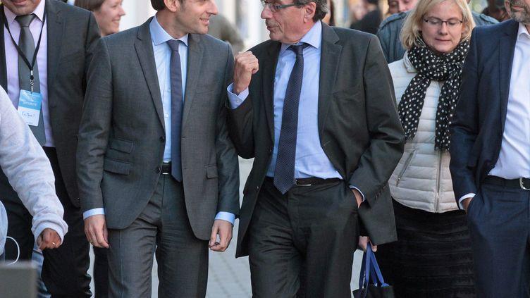 Emmanuel Macron et Roland Ries à Strasbourg, le 4 octobre 2016. (DOMINIQUE GUTEKUNST / MAXPPP)