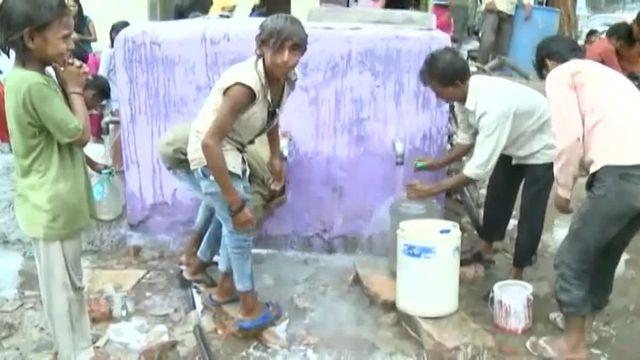 VIDEO. Inde : nouveau record de chaleur, le thermomètre monte à 51°C dans le Nord