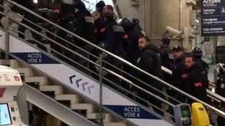 Des policiers mobilisés en gare de Lyon-Part-Dieu, samedi 13 janvier 2018. (S VALESCCHI / FRANCE 3 AUVERGNE-RHONE-ALPES)