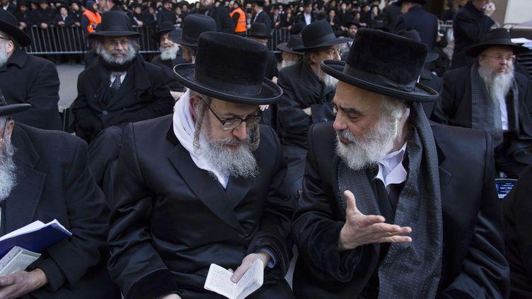 Plus de 50 000 juifs ultra-orthodoxes ont manifesté el 9 mars 2014 à New York conter leservice militaire obligatoire (CRAIG RUTTLE / AP / SIPA )