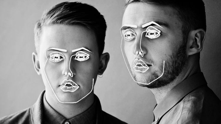 Guy et Howard Lawrence, les deux frères qui forment le duo de house britannique Disclosure. (DISCLOSURE / FACEBOOK)