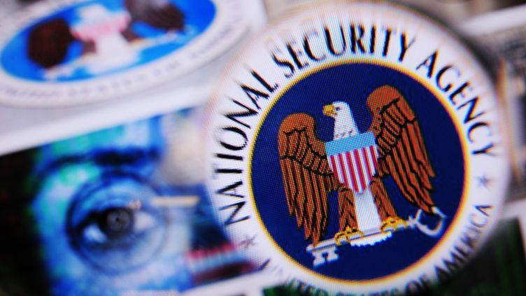 Le logo de laNational Security Agency (NSA). (NICOLAS ARMER / DPA / MAXPPP)
