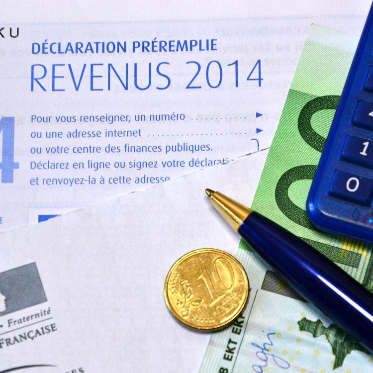 Un formulaire de déclaration d'impôt sur le revenu photographié le 21 mai 2015 à Marseille (Bouches-du-Rhône). (CITIZENSIDE / GERARD BOTTINO / AFP)