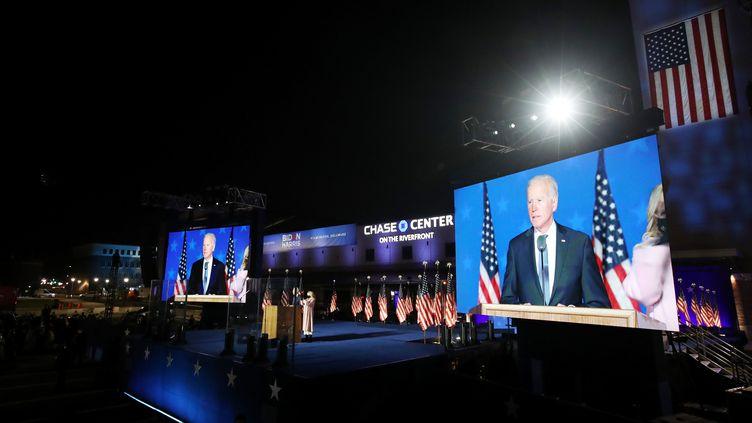 Le candidat démocrate à l'élection présidentielle, Joe Biden, prend la parole lorsde la nuitélectorale à Wilmington, dans l'Etat du Delaware, le 4 novembre 2020. (WIN MCNAMEE / GETTY IMAGES NORTH AMERICA / AFP)