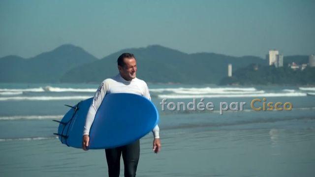 Brésil : le surf, un sport mais aussi une véritable thérapie