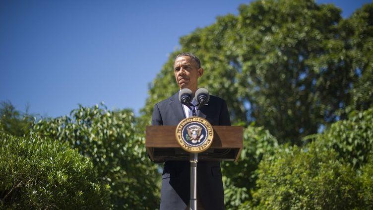 Le président américain, Barack Obama, donne une conférence de presse àChilmark (Massachusetts), le 15 août 2013. (JIM WATSON / AFP)