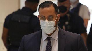 Alexandre Benalla au tribunal correctionnel de Paris, le 13 septembre 2021. (THOMAS COEX / AFP)