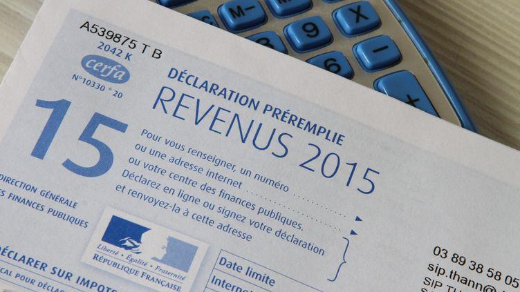 Une déclaration d'impôts sur le revenu 2015. (MAXPPP)