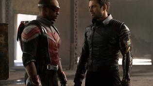 Dans la série signée Malcolm Spellman, Sam Wilson (Anthony Mackie)et Bucky Barnes (Sebastian Stan) vont prendre la relève dans un monde privé de Captain America. (DISNEY PLUS)