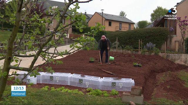 Confinement : ils en profitent pour jardiner