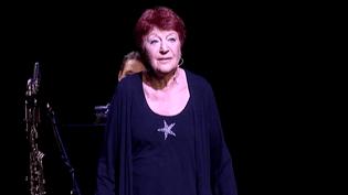 """Annne Sylvestre était au Printemps de Bourgespour son spectacle """"Juste une Femme""""  (France 3 / Culturebox)"""