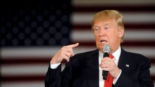 Donald Trump,candidat à la primaire républicaine pour la présidentielle américaine, à Appleton (Wisconsin), le 30 mars 2016. (MARK KAUZLARICH / REUTERS)