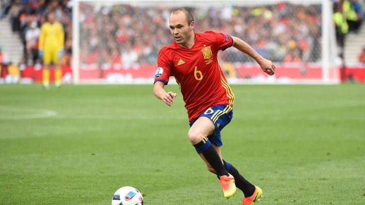 Le milieu de l'équipe d'Espagne, Andres Iniesta, lors du match contre la République tchèque, lundi 13 juin à Toulouse (Haute-Garonne). (REMY GABALDA / AFP)