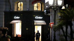 La bijouterie Cartier de Monaco a été victime de braquage, le 25 mars 2017. (SEBASTIEN NOGIER / EPA / AFP)
