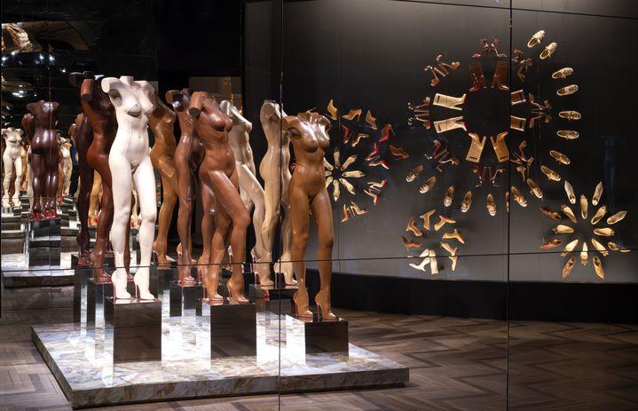 """Whitaker Malem, vue de l'exposition""""ChristianLouboutin. L'Exhibition[niste]"""" au Palais de la Porte Dorée : la salle Nudes.Février 2020 (MARC DOMAGE)"""