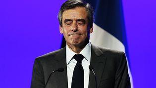 Le candidat à la présidentielle, François Fillon, le 16 mars 2017 à Caen (Calvados). (CHARLY TRIBALLEAU / AFP)