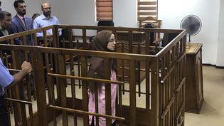 La Française Djamila Boutoutaou lors de son procès à la Cour pénale de Bagdad (Irak), le 17 avril 2018. (AMMAR KARIM / AFP)