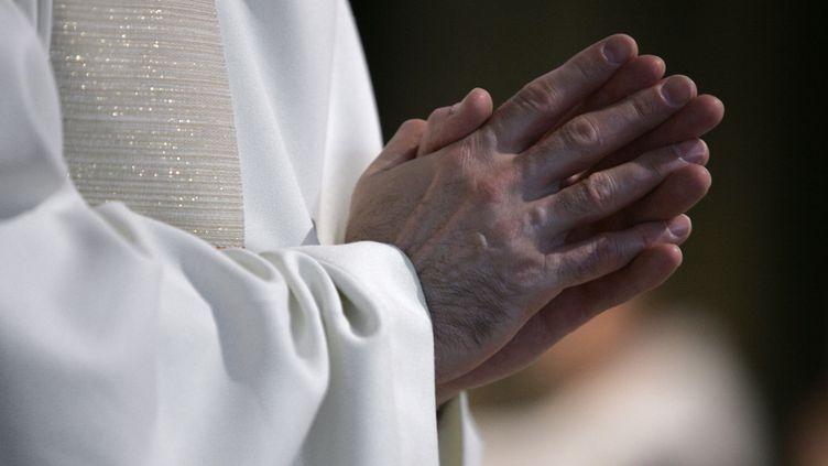 Pascal Vesin, quia choisi de rester dans la franc-maçonnerie, a été démis de ses fonctions, a annoncéle diocèse d'Annecy (Haute-Savoie) le 24 mai 2013. (FRANÇOIS GUILLOT / AFP)