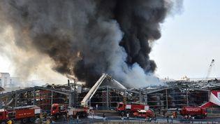 Le hangar calciné dans le port de Beyrouth, le 10 septembre 2020. (STR / NURPHOTO / AFP)